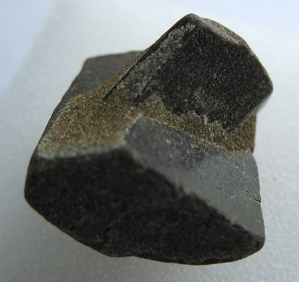 Минералы №120 Ставролит фото, обсуждение